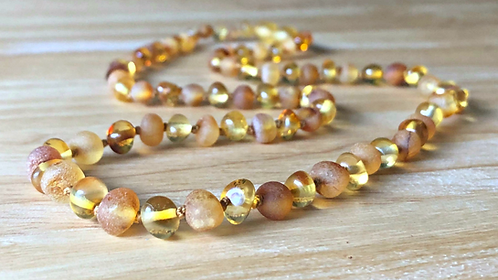 Honeybunch : Baltic Amber Adult Necklace