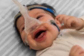 bebe com cpap.jpg