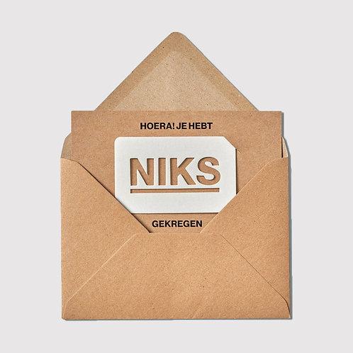 Een envelop met NIKS - €10