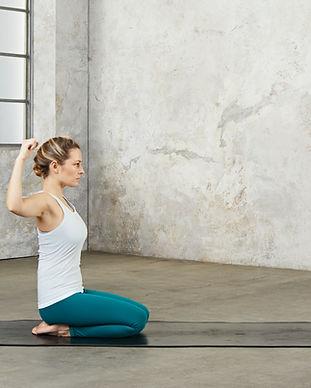 Nils-Schwarz2018-01-24_Fitness_Yoga17057