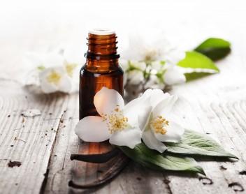 essential-oils-guide-M1