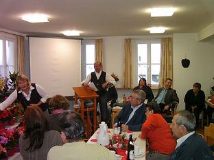 OGV Blumenschmuck im ev Gemeindehaus 200