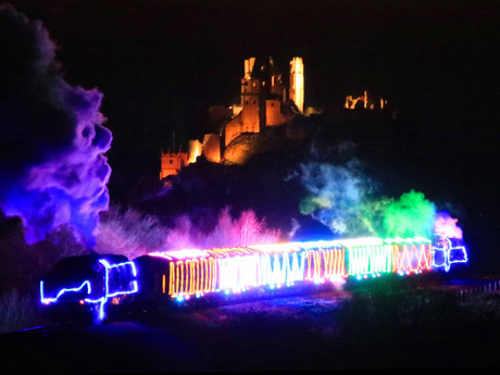 Volunteers to stage Christmas 'Steam and Lights' trains after last year's sold out success