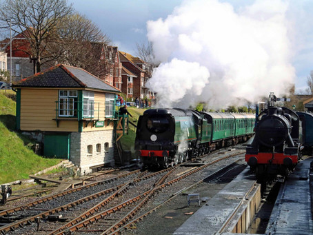 Covid-safe steam train service resumes between Norden, Corfe Castle and Swanage