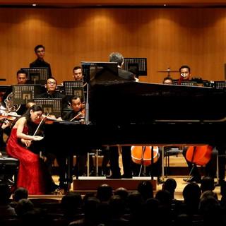 Stephanie Onggowinoto with Jakarta City Philharmonic at Tokyo Opera City Hall