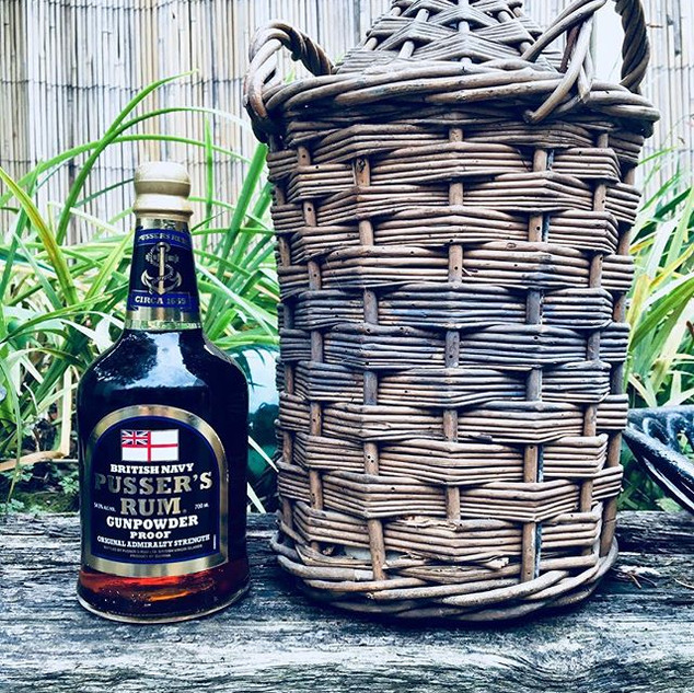 Shells favourite rum - Pussers, along with an original Pussers flagon she got in an auction...