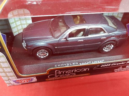 2005 Chrysler 300C diecast car.