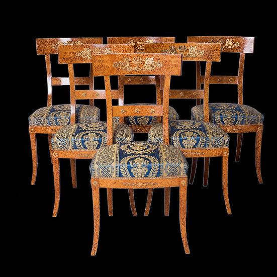 Комплект из шести стульев