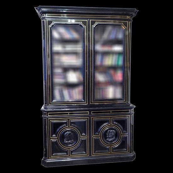 Книжный шкаф с барельефами французских просветителей