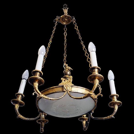 Люстра на 6 светоточек В классическом стиле с поддоном молочного стекла