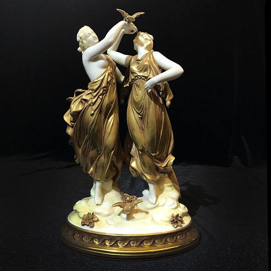 Скульптура «Античный танец с птицами»