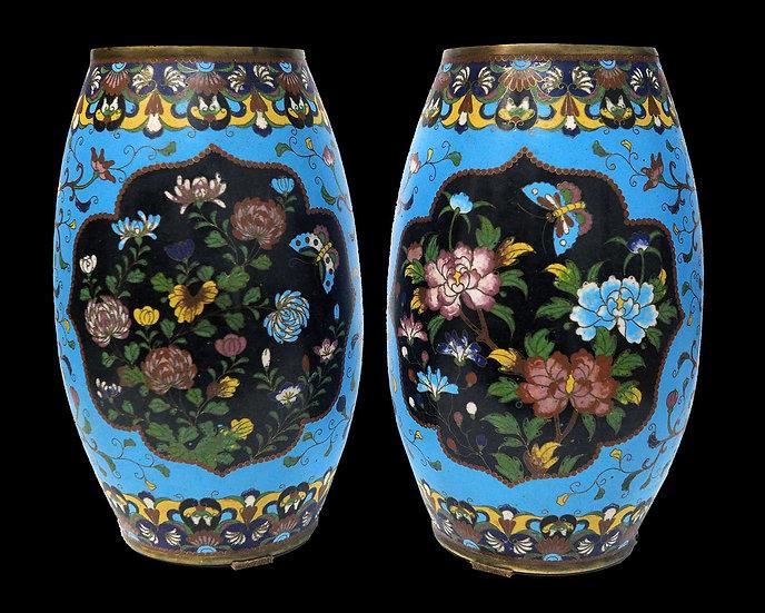 Парные вазы в технике клуазоне