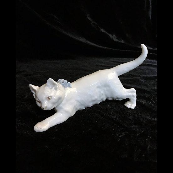 «Кошечка с бантом»