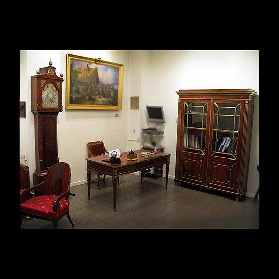 Набор мебели для кабинета в классическом стиле