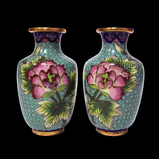 Парные вазочки с пионами