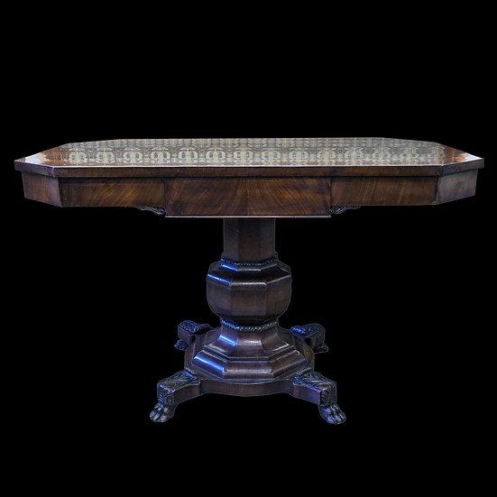 Стол придиванный со скошенными углами