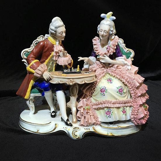 Скульптура «Игра в шахматы»