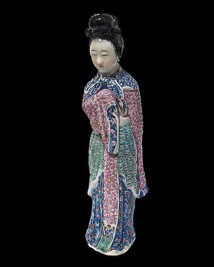 «Девушка в кимоно»
