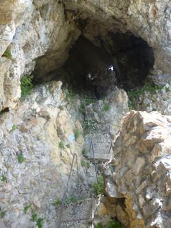 Tunnel bei Besteigung Schibengütsch