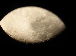 Mond durch Teleskop Sternwarte