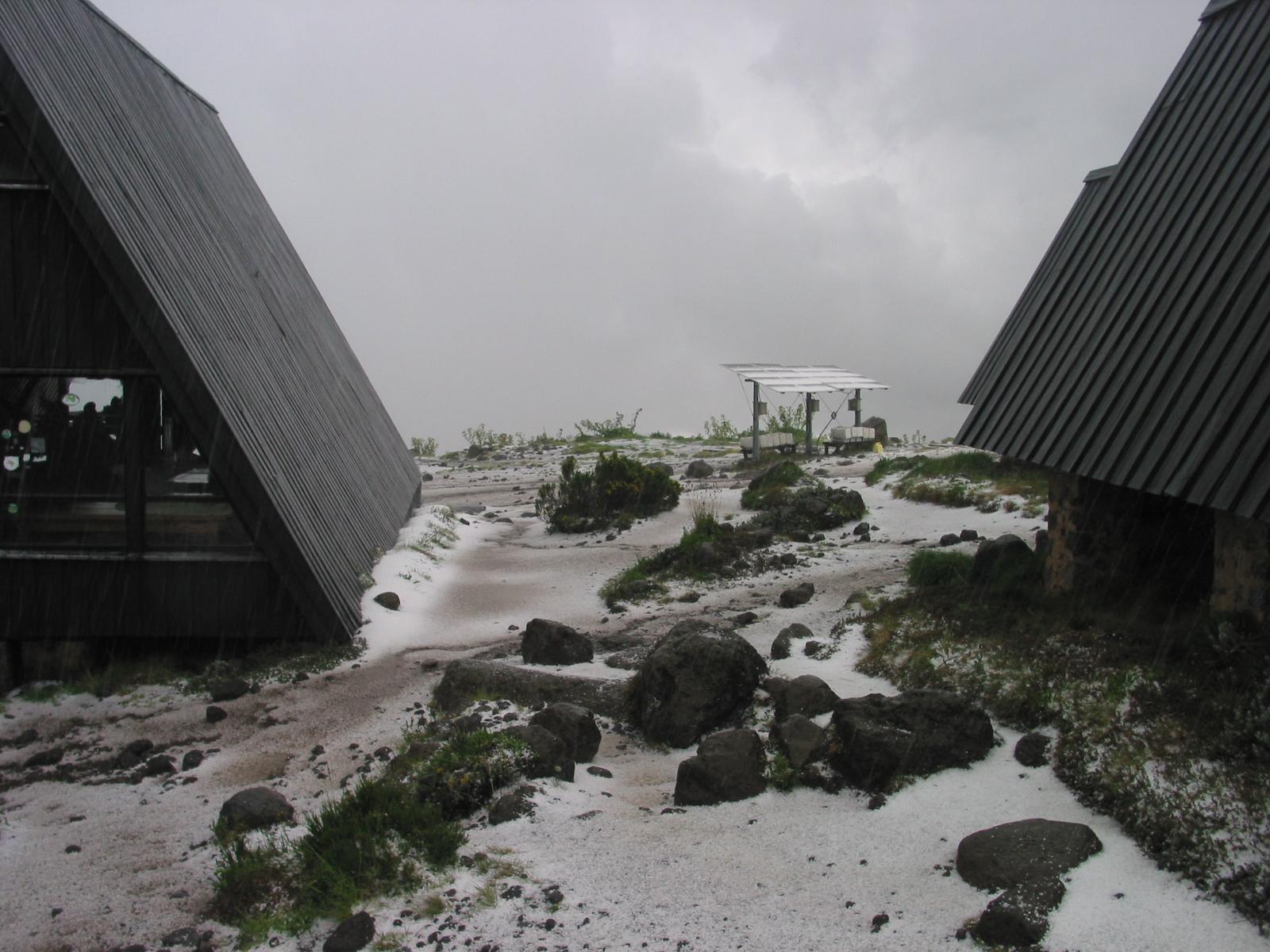 Schnee im Base Camp