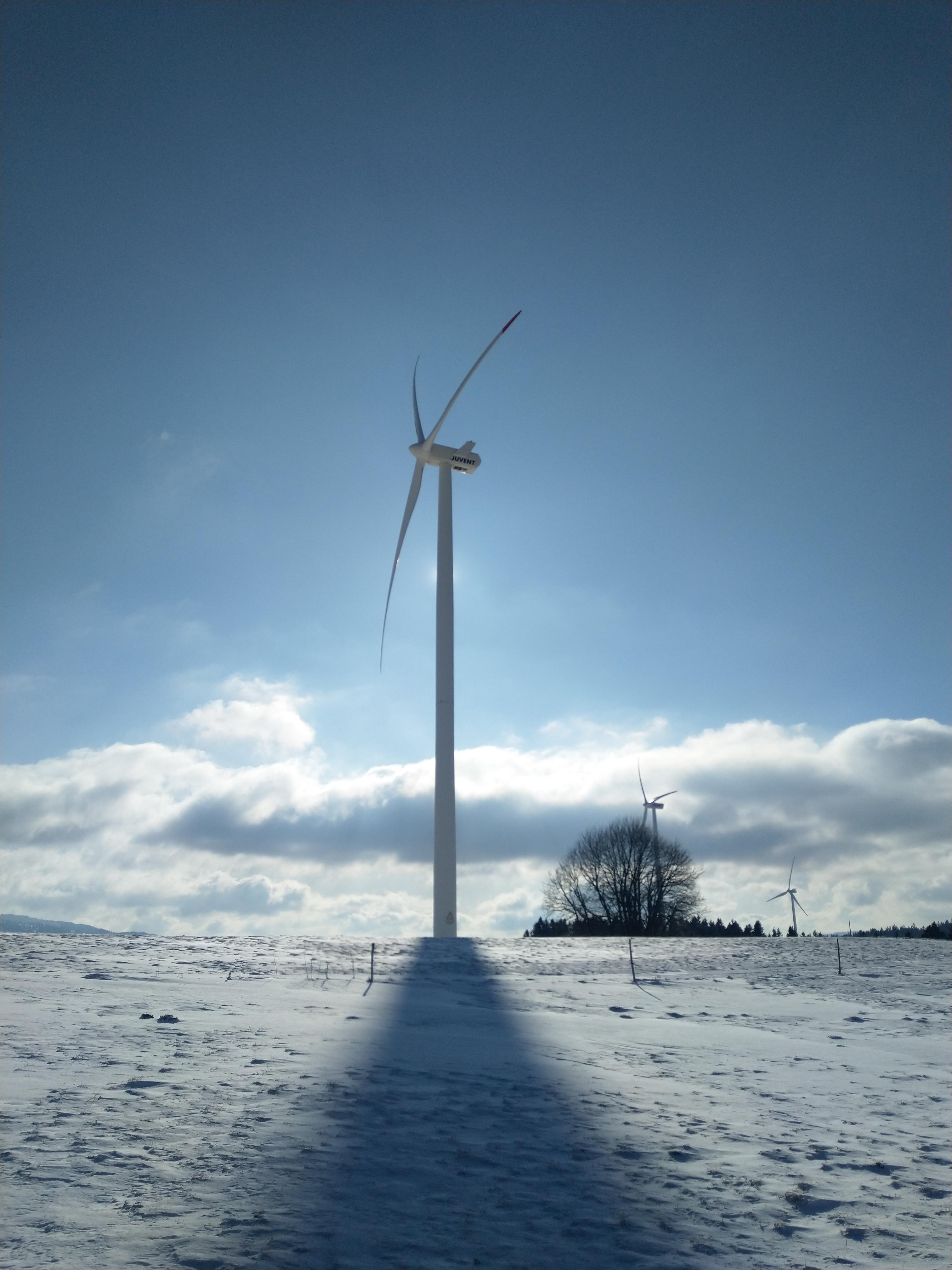 Windturbine auf dem Mont Soleil
