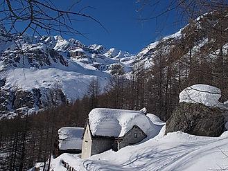 Viel Schnee auf der Alpe Devero.jpg