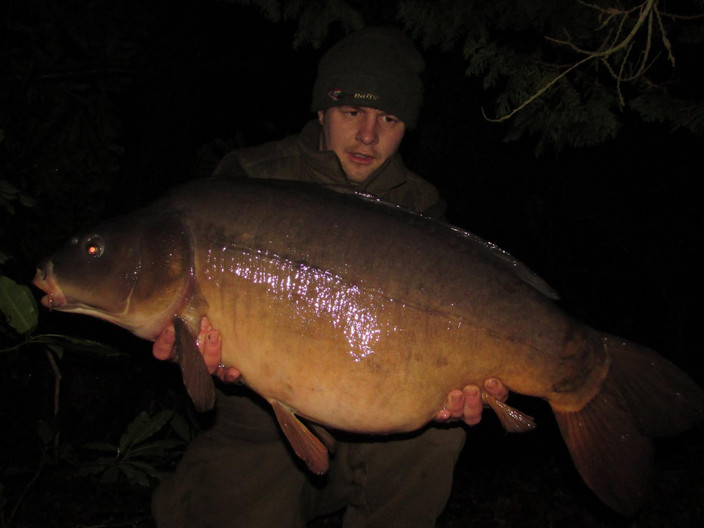 Liam Close: WINTER SUCCESS !!Taking weston estate lake apart on the Essential 5.
