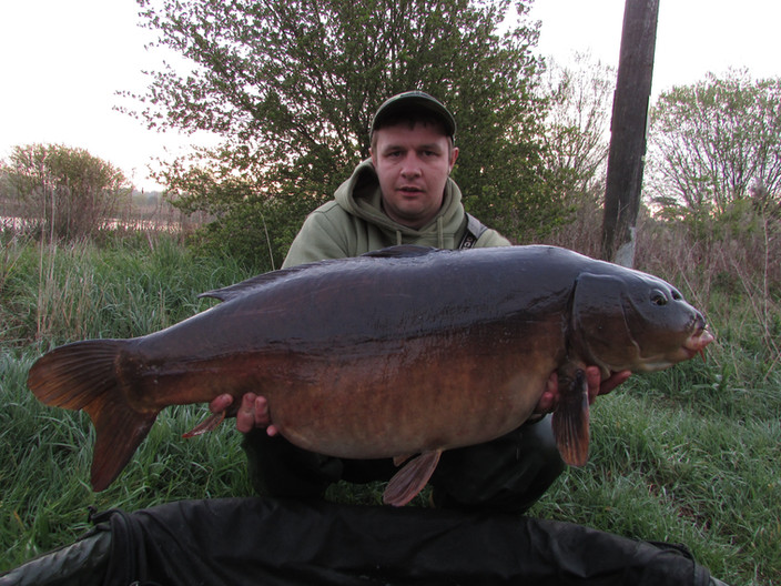 Liam Close : Latest catch report from his last session on Little Irchester resulting in these 2 nice