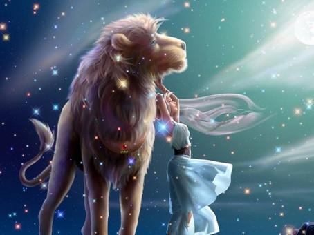 La porte du Verseau ~ Porte des étoiles vers une réalité magique et le chemin du coeur du Lion