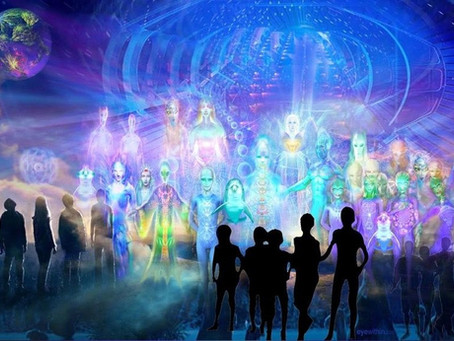 Une vue d'ensemble des Vaisseaux de Lumière qui se rapprochent de nous…