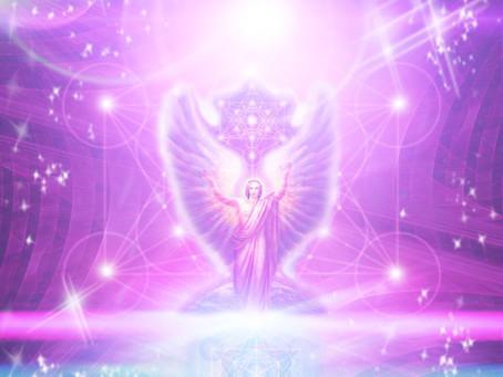 Maître St Germain – Décret d'Amour du Grand Soleil Central AIN SOPH OR