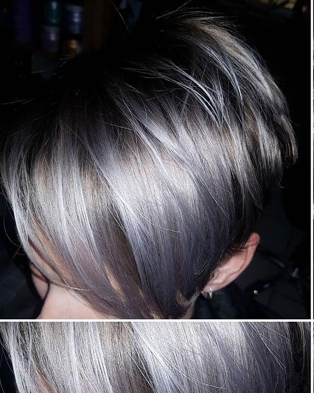 Studená kovová ;-) #silverhair #haircut