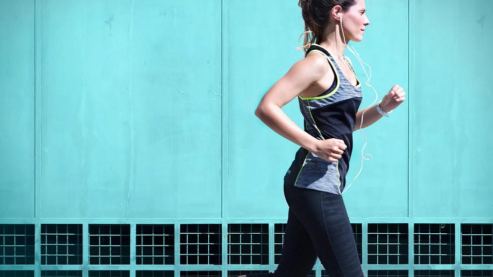 運動後不只身體要解渴,肌膚也要補水!