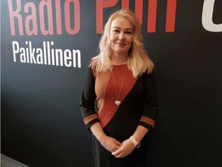 Radio Porin Yrittäjäuutisissa tänään Senior Shopin Riikka Hietala
