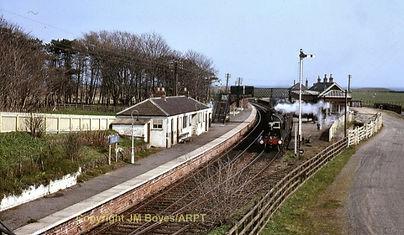 02-Elie Station.jpg