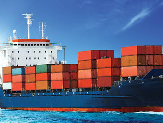 UPDATE 2-Healthy export growth helps cut Canada's trade deficit in July