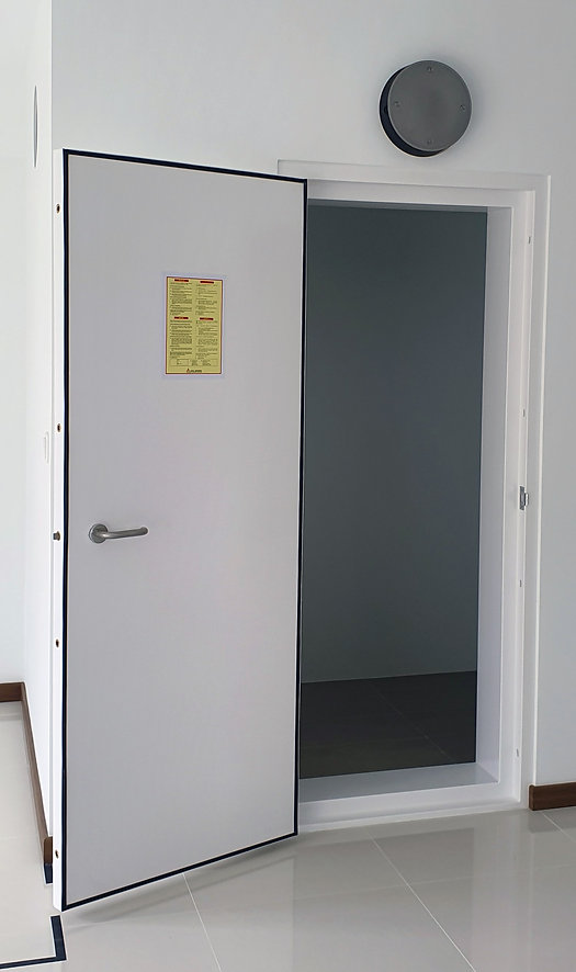 blast door with ventilation sleeves