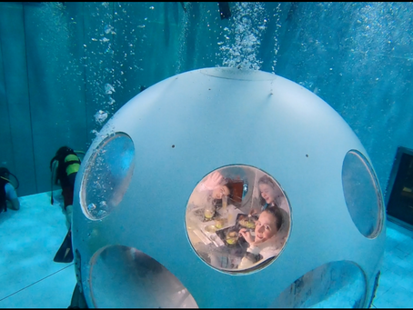 Deep Dining at Nemo 33 in an Underwater Restaurant