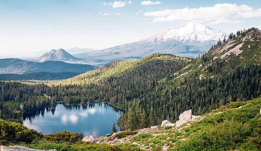 shasta cyrstal lake.jpg