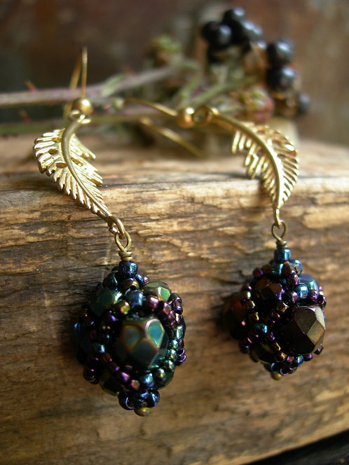Wildberry earrings. Green Iris