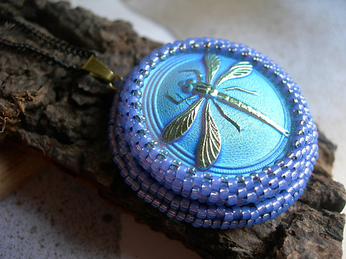 Dragonfly pendant. Turquoise