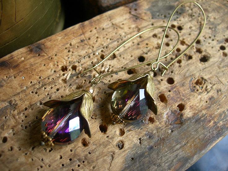 Tulip earrings. Purple