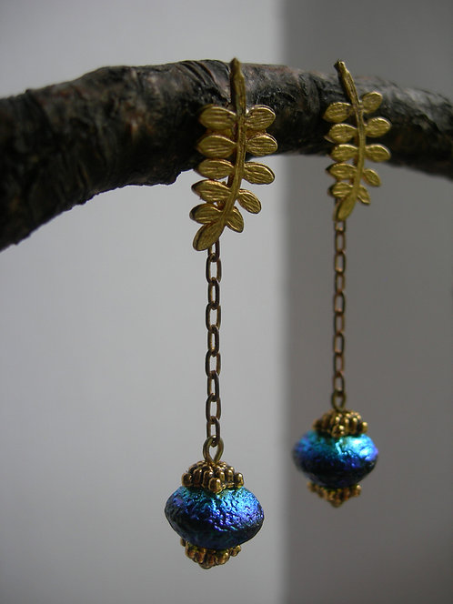 Fern stud earrings. Blue