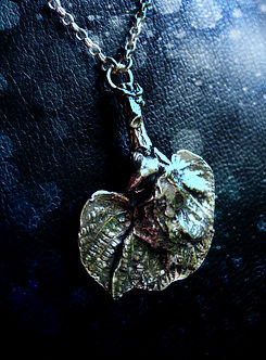 silver leaves pendand jewellery