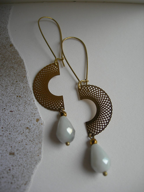 Two Halves earrings. Matte grey and white