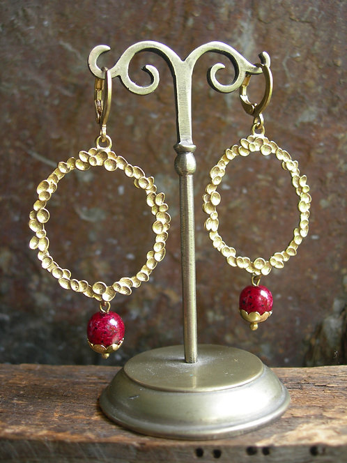 Wreath  earrings. Red