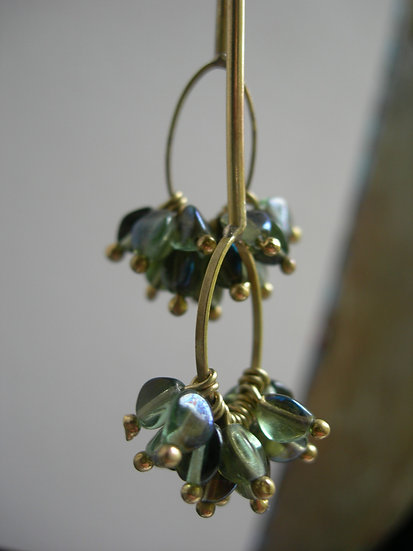 Carnation earrings. Transparent Teal