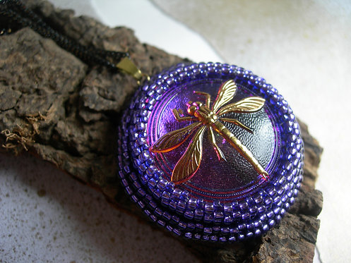 Dragonfly pendant. Purple