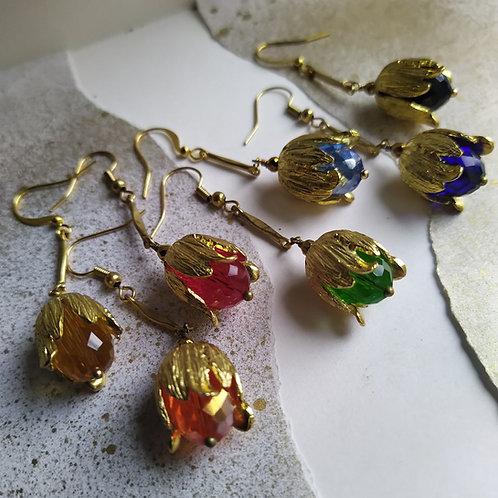 Golden Tulip earrings.